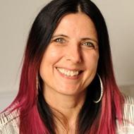 Dr Helen Moya